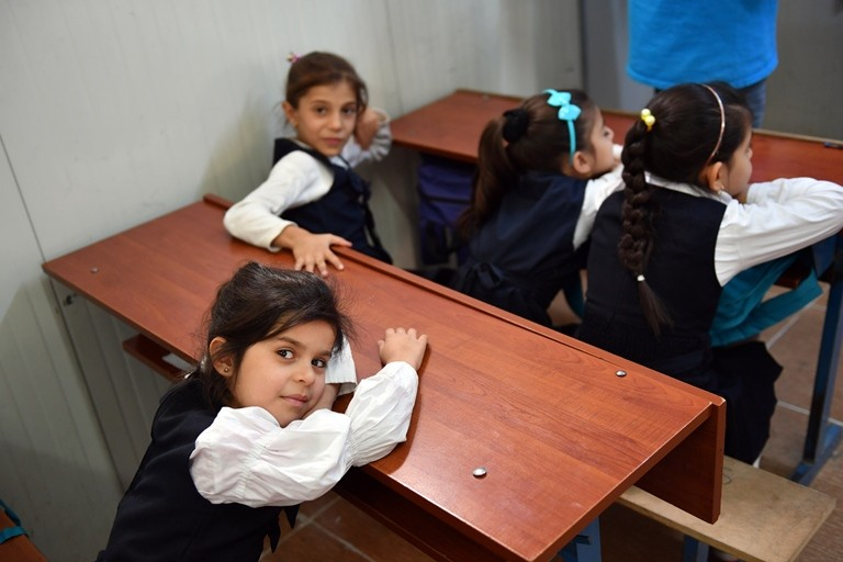 Children at a UNICEF-supported school in Aqrah, Iraq, on October 19, 2016. (Jens Kalaene/picture-alliance/dpa/AP Images)