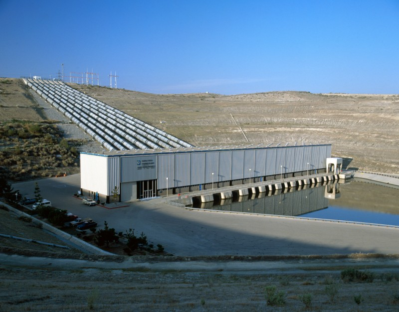 The California Department of Water Resources Buena Vista Pumping Plant is a key facility within the State Water Project and part of a series of four pumping plants that provide lift over the Tehachapi Mountains in Kern County. (California Department of Water Resources)