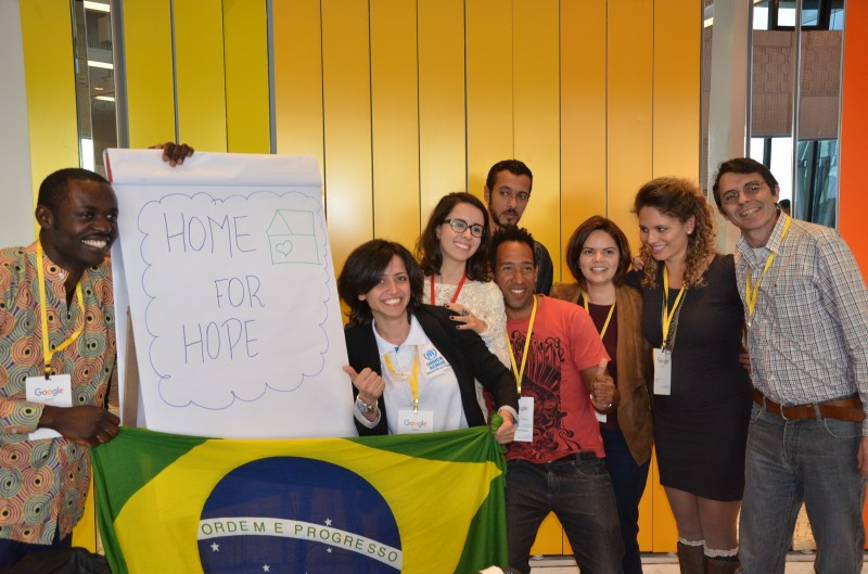 Maha, center, and her team won a hackathon at Google's Sao Paulo campus in November 2016 with the Home for Hope app. (UNHCR/M. Pachioni)